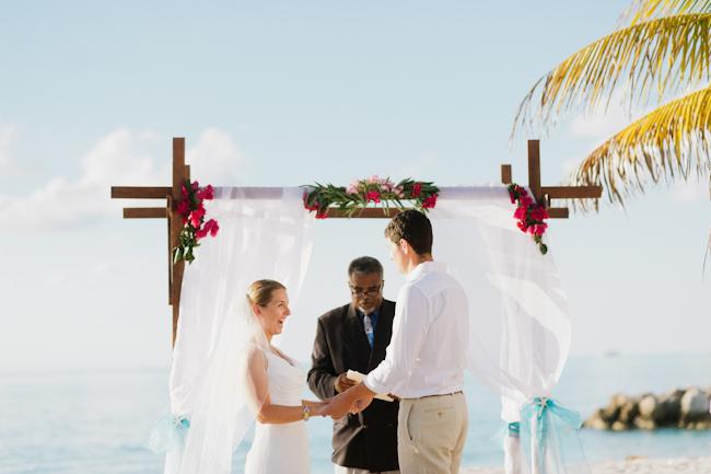 DSC 7947 Joe and Aleks // wedding in Bimini
